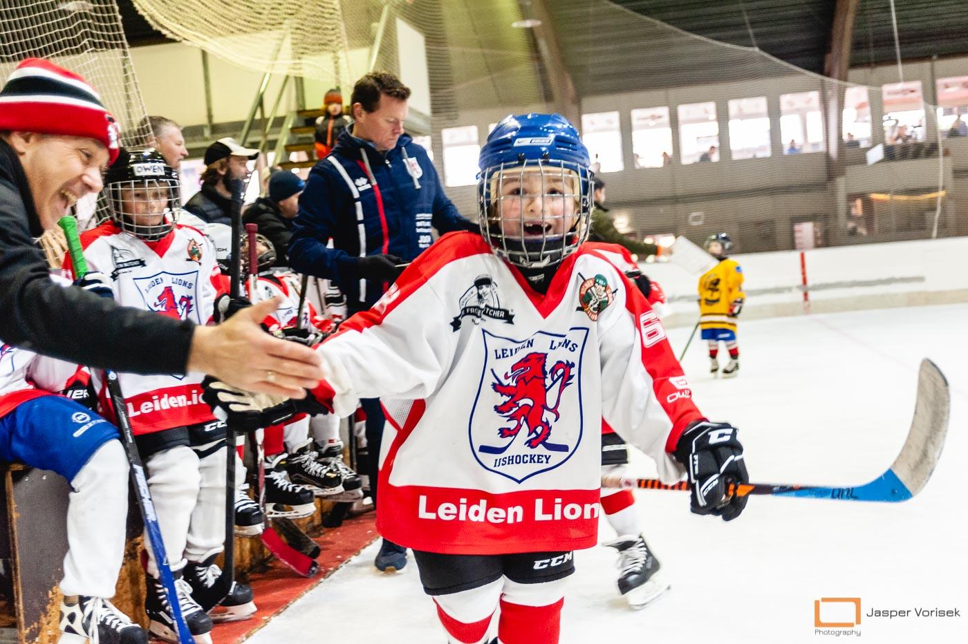 Leiden Lions score a goal